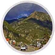Frisco By The Mountain Round Beach Towel