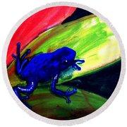 Frog On Leaf Round Beach Towel