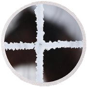 Frost Covered Fence And Horse Round Beach Towel