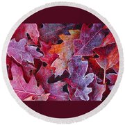 Frosted Red Oak Leaves Round Beach Towel