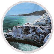 Frosty Fort Amherst Round Beach Towel