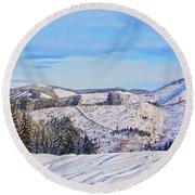 Frozen Valley 2 V3 Round Beach Towel