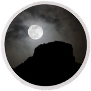 Full Moon Over Castle Rock Round Beach Towel