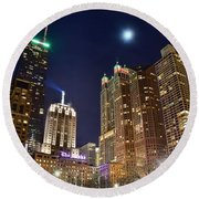 Full Moon Over Chi Town Round Beach Towel