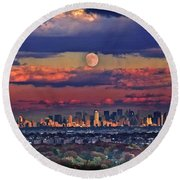 Full Moon Over New York City In October Round Beach Towel