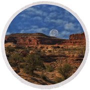 Full Moon Over Red Cliffs Round Beach Towel