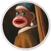 Gal With A Pearl Earring Round Beach Towel