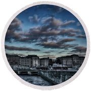 Stockholm In Dark Round Beach Towel
