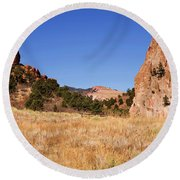 Garden Of The Gods View Round Beach Towel