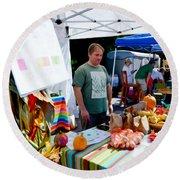 Garlic Festival Vendors Round Beach Towel