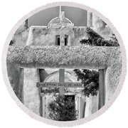 Gate To Ranchos Church Black And White Round Beach Towel