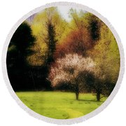 Geele Farm Meadow Round Beach Towel