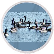 Geese On Lake Nockamixon Round Beach Towel