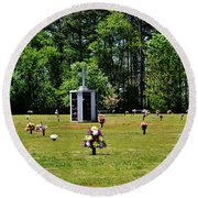 Georgia Memorial Gardens Round Beach Towel