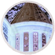 Ghostly Heights Manor Round Beach Towel