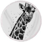 Giraffe In Black And White Round Beach Towel