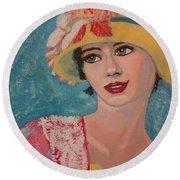Girl From The Twenties Round Beach Towel