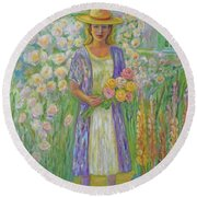 Girl In Monet's Garden At Giverny Round Beach Towel