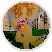 Girl In The City Round Beach Towel