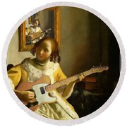 Girl With Guitar Round Beach Towel
