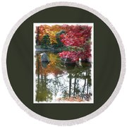 Glorious Fall Colors Reflection With Border Round Beach Towel