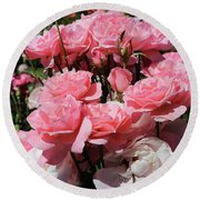 Glorious Pink Roses Round Beach Towel