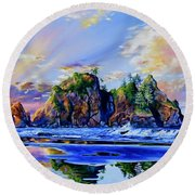 Glorious Point Of The Arches Round Beach Towel