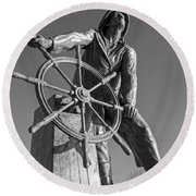Gloucester Fisherman's Memorial Statue Black And White Round Beach Towel