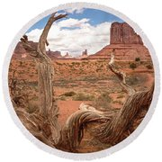 Gnarled Tree At Monument Valley  Round Beach Towel