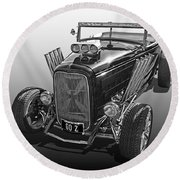 Go Hot Rod In Black And White Round Beach Towel