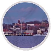 Goat Hill At Sunset In Winter Round Beach Towel