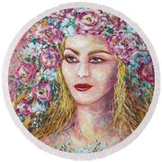 Goddess Of Good Fortune Round Beach Towel