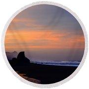 Gold Beach Sunrise Round Beach Towel
