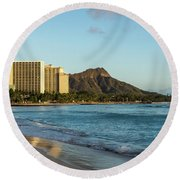 Golden Bliss On The Beach - Waikiki And Diamond Head Volcano Round Beach Towel