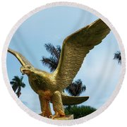 Golden Eagle Take Off Round Beach Towel