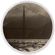 Golden Gate Bridge In The Fog, Black And White, San Francisco, California Round Beach Towel