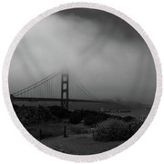 Golden Gate Morning Round Beach Towel
