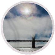 Golden Gate Silhouette And Rainbow Round Beach Towel