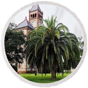 Gonzales County Court House Round Beach Towel