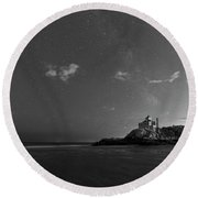 Good Harbor Beach Under The Stars And Milky Way Black And White Round Beach Towel