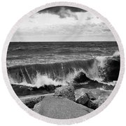 Good Morning In Black And White Round Beach Towel