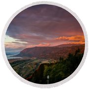 Gorge Sunset Round Beach Towel