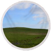 Gorgeous Rolling Hills And Fields On The Cliff's Of Moher Round Beach Towel