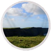 Gorgeous Seascape Along The Cliffs Of Moher In Ireland Round Beach Towel