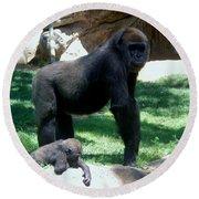 Gorillas Mary Joe Baby And Emonty Mother 6 Round Beach Towel