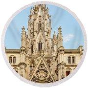 Gothic Cathedral In Havana Round Beach Towel