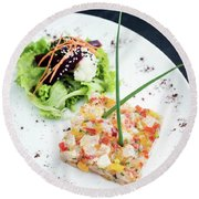 Gourmet Raw Tuna Tartare Ceviche With Mango Lime And Chilli Round Beach Towel