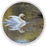 Graceful Swan I Round Beach Towel