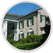 Graceland Home Of Elvis Presley, Memphis, Tennesseen Round Beach Towel