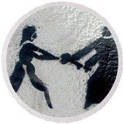 Graffiti Art In Black And White Along Streets Of Valparaiso-chile Round Beach Towel